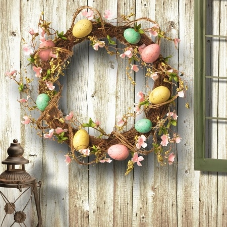 Easter Egg Wreath with flowers - Easter Door Wreaths #easterwreath #easterdecor