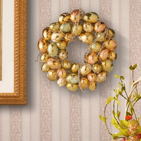 Easter Wreath with Gilded and Pearl Eggs #easterdecor #easterwreath