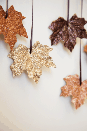 DIY Falling Leaves Garland - Thanksgiving Decor Ideas - Ideas for Festive Thanksgiving Decor