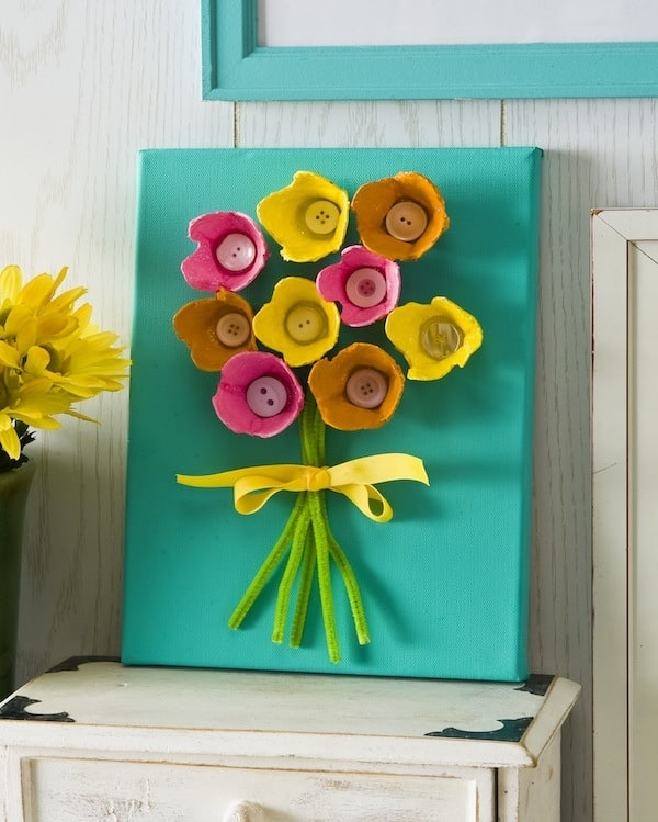 Egg Carton Flower Craft for Mother's Day #mothersday #crafts