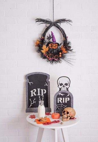 Haunted Owl Halloween Wreath