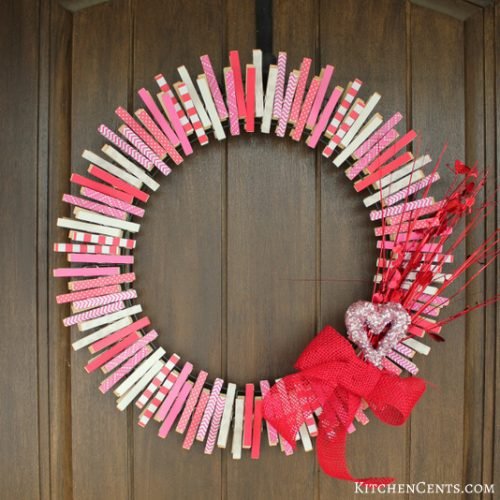 DIY Reversible Clothespin Wreath - DIY Valentine's Day Wreaths