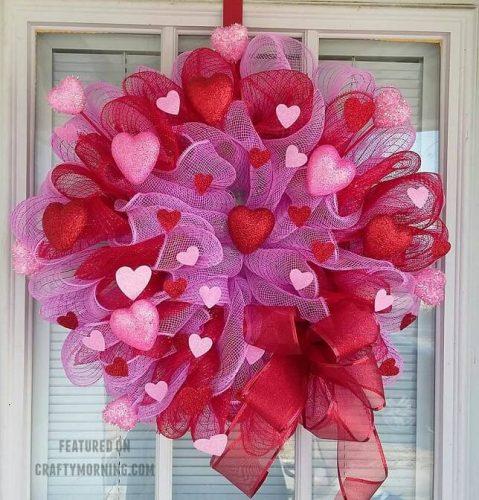 Deco Mesh Valentine Wreath - DIY Valentine's Wreaths to Make