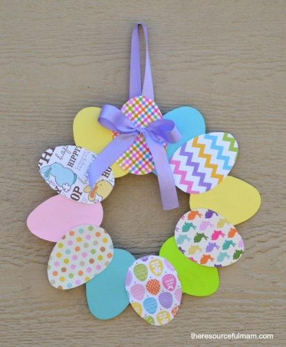 Easy Paper Easter Wreath - Easter Crafts