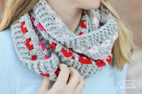Heart Motif Infinity Scarf Crochet Pattern