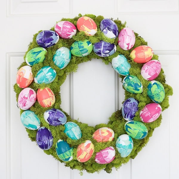 Marbled Eggs on a Moss Easter Wreath