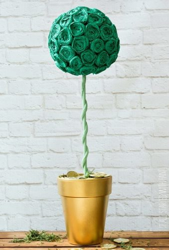 Pot Of Gold Topiary | St. Patrick's Day DIY Decor