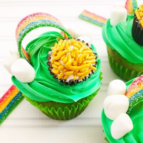 St. Patrick's Day Cupcakes with a Pot of Gold - St. Patrick's Day Desserts - Irish Recipes