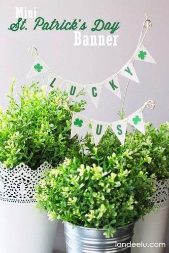 St. Patricks Day Banner Lucky Us