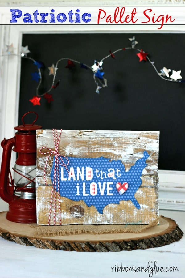 Patriotic Pallet Sign - DIY 4th of July Outdoor/Indoor Decor